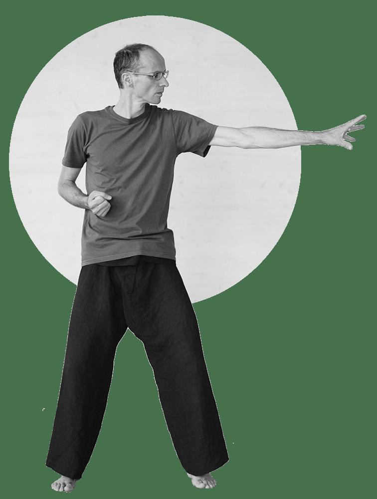 Posture cours de Qi Gong Esprit du vent
